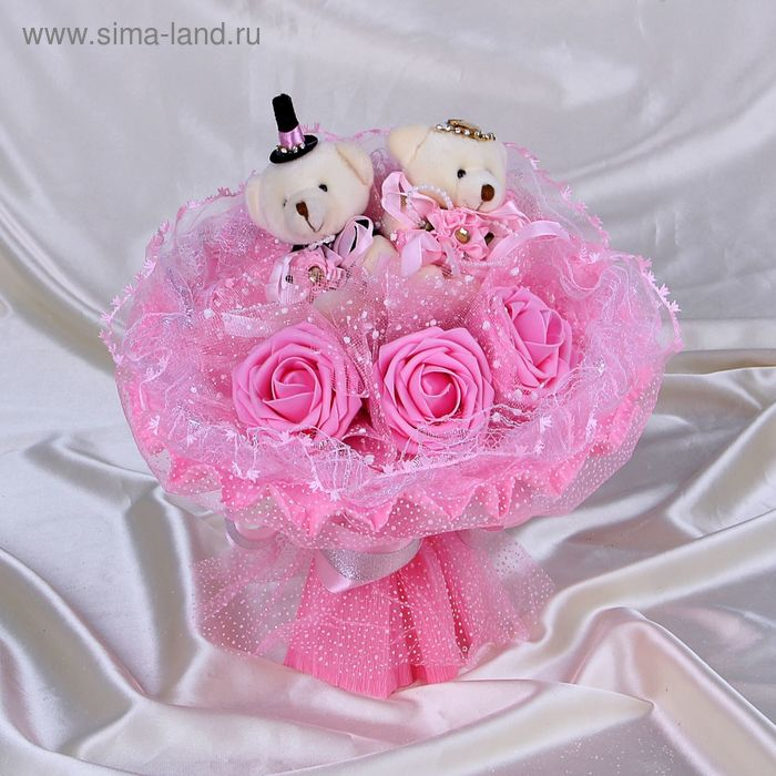"""Букет из игрушек """"Жених и невеста"""" розовый"""