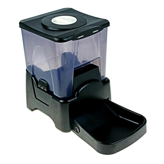 Автокормушка с ЖК-дисплеем, до 4 кормлений в день, объем контейнера 10,65 л