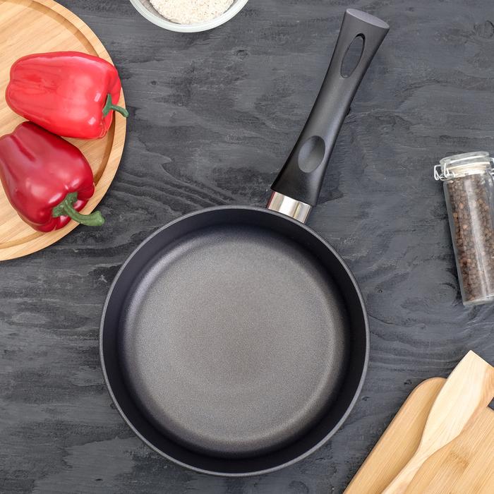"""Сковорода 22 см """"Титан. Особенная"""""""