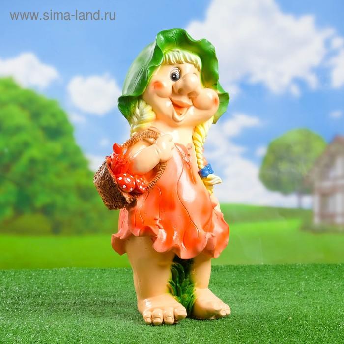"""Садовая фигура """"Гномиха с корзинкой"""" рисунок, голубое платье"""