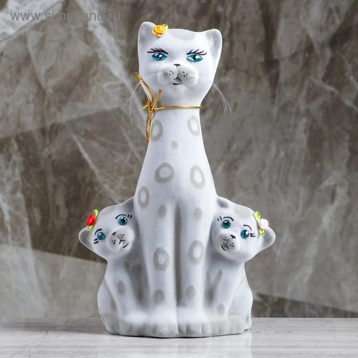 """Копилка """"Кошка с котятами"""" флок, серая, горошек"""