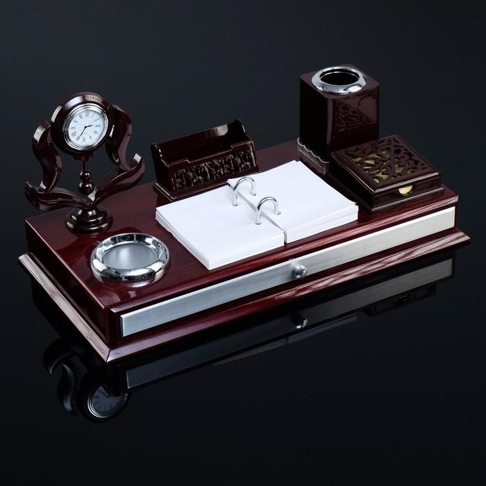 Набор настольный «Королевство»: часы, блок для бумаги, визитница, лоток для скрепок, подставка для ручек, перекидные листы