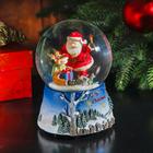 """Сувенир - снежный шар водяной """"Дед Мороз с оленёнком"""" музыкальный"""