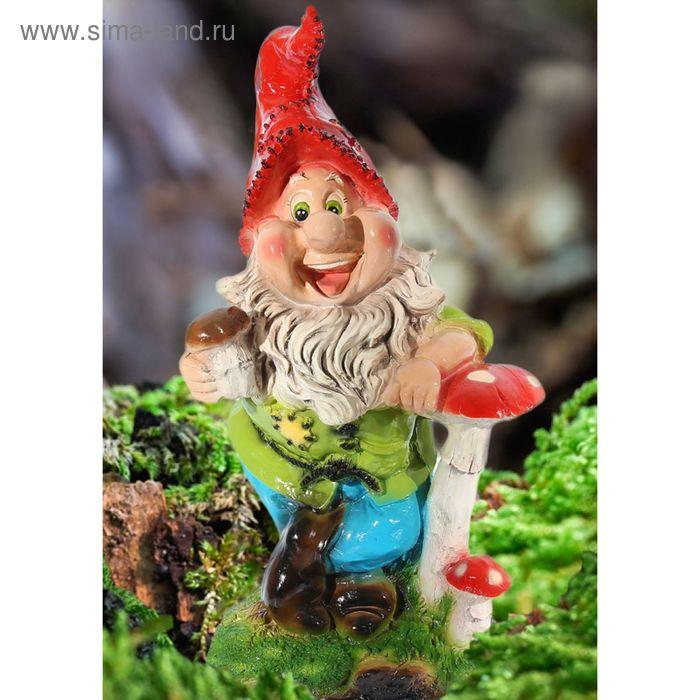 """Садовая фигура """"Гном с грибами"""" большая, голубые штаны"""