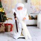 Дед Мороз, в белой шубе с поясом, русская мелодия
