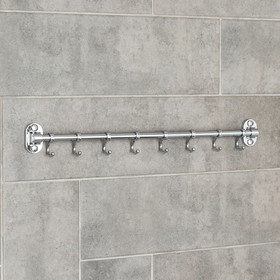 The hook is a wall, moving, on an Accoona A166-8 level, 8 pieces, color chrome.