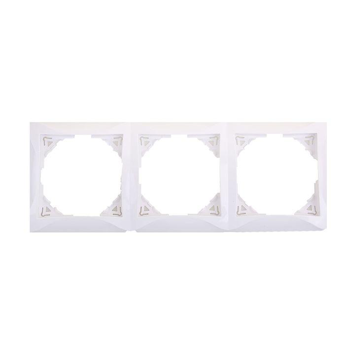 """Рамка """"Дуэт"""" SchE WDE000103, трехместная, цвет белый"""