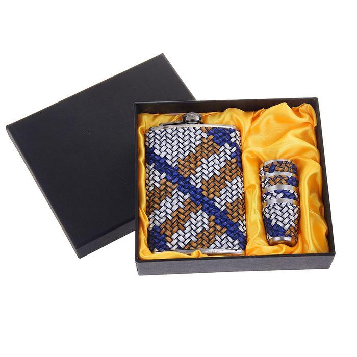 """Подарочный набор 5 в 1 """"Плетение"""": фляжка 270 мл + 4 рюмки в коже"""
