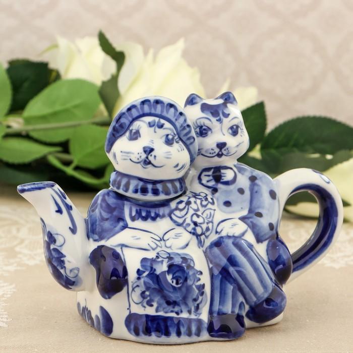 Чайник «Коты на свидании», 10×21×14 см, гжель