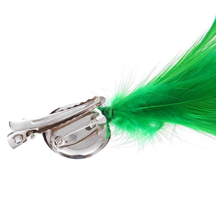 Карнавальное перо, зажим + значок, цвет зелёный - фото 438304065