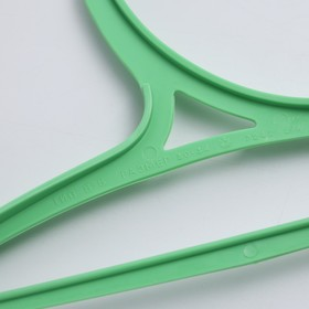 Вешалка-плечики для одежды детская, размер 30-34, цвет МИКС - фото 1717612