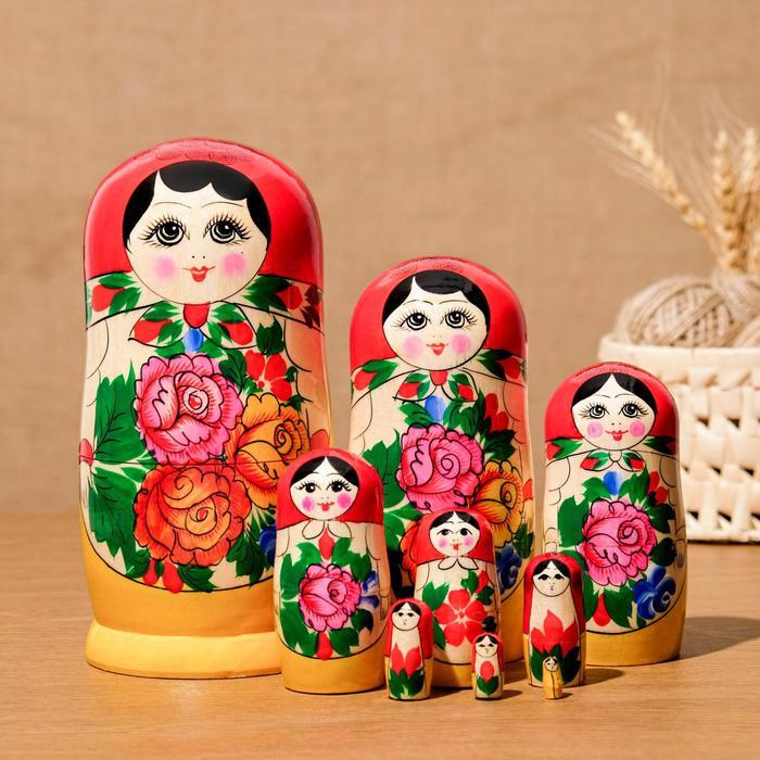Матрёшка «Русская красавица», красный платок, 9 кукольная, 20 - 22см