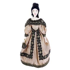 Сувенирная кукла 'Дама в бальном платье с веером. 1830-е г. Петербург' Ош