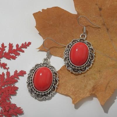 """Серьги """"Натурель"""" овал в кайме, цвет красный в чернёном серебре"""
