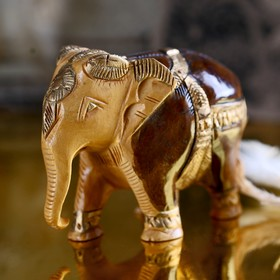 """Souvenir """"Elephant"""" carved in gold"""