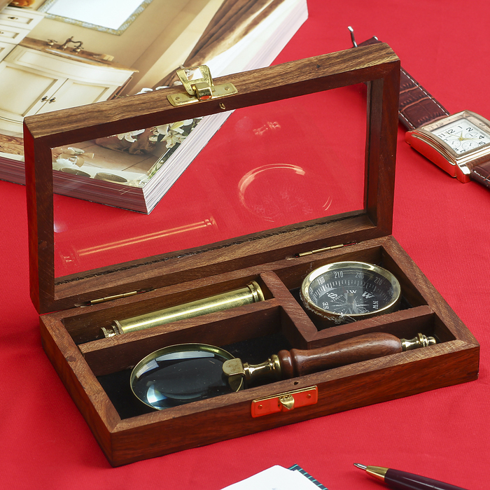 """Gift set in the box """"Captain"""" (magnifier, compass, telescope)"""