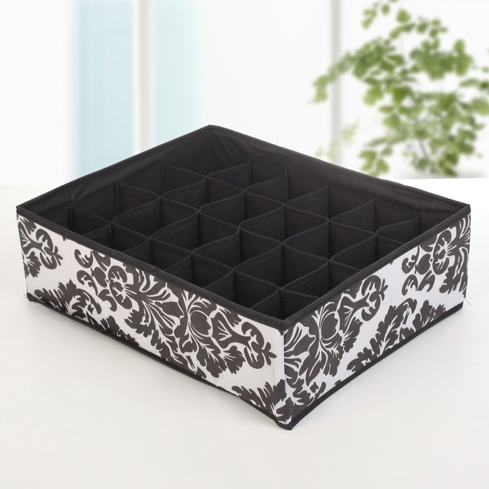 Organizer, 24 cell, 38x30x12 cm Monogram white-black.