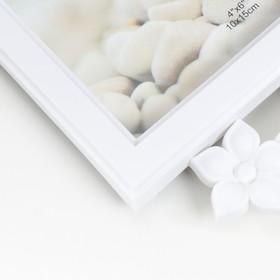 "Photo frame for 4 photos 10x15 cm clock ""Flowers"" white"