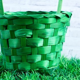 Basket, wicker, bamboo, green, medium
