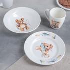 """Набор посуды """"Медвежата"""", 3 предмета: кружка 260 мл, тарелка мелкая 17,5 см, тарелка глубокая 17,5 см, рисунок МИКС"""