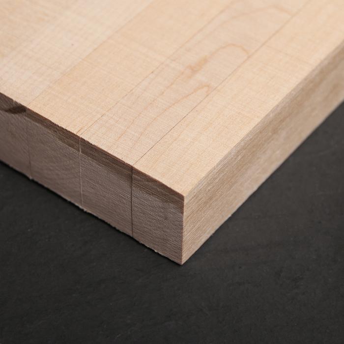 Доска разделочная с металлическими стяжками «Люкс», массив берёзы, 40×28×3 см