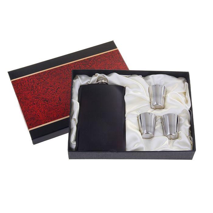 """Подарочный набор """"Темный оттенок"""" 4 в 1: фляжка 300 мл, 3 рюмки, матовый, 23х4х17 см"""