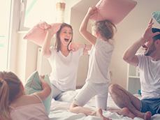 Как провести время с детьми в 4 стенах и не сойти с ума